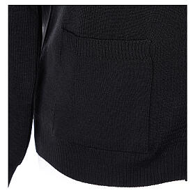 Casaco de malha sacerdote preto bolsos e botões 50% lã de merino 50% acrílico In Primis s4