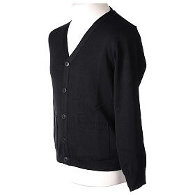 Casaco de malha sacerdote preto bolsos e botões 50% lã de merino 50% acrílico In Primis s5