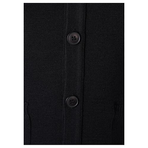 Casaco de malha sacerdote preto bolsos e botões 50% lã de merino 50% acrílico In Primis 3