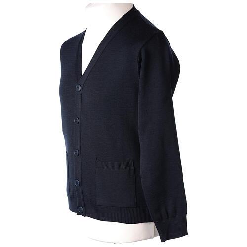 Casaco de malha sacerdote azul escuro bolsos e botões 50% lã de merino 50% acrílico In Primis 3