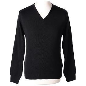 Pull col en V noir prêtre en tricot uni 50% laine mérinos 50% acrylique s1