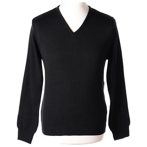 Pull col en V noir prêtre en tricot uni 50% laine mérinos 50% acrylique 1