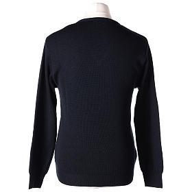 Pull col en V bleu prêtre en tricot uni 50% laine mérinos 50% acrylique In Primis s5