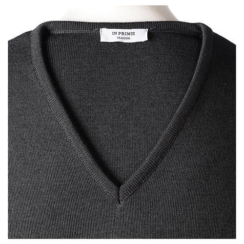 Pull col en V gris anthracite prêtre en tricot uni 50% laine mérinos 50% acrylique In Primis 6