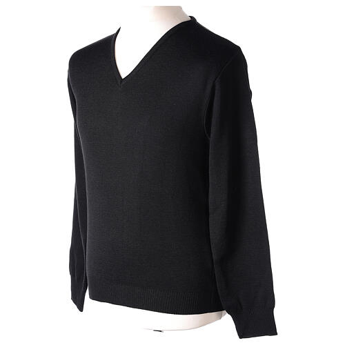 Clergy jumper V-neck black PLUS SIZES 50% merino wool 50% acrylic In Primis 3
