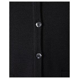 Gilet noir pour soeur avec poches col en V 50% acrylique 50% laine mérinos In Primis s4