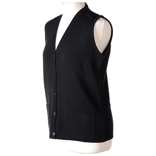 Gilet noir pour soeur avec poches col en V 50% acrylique 50% laine mérinos In Primis 3