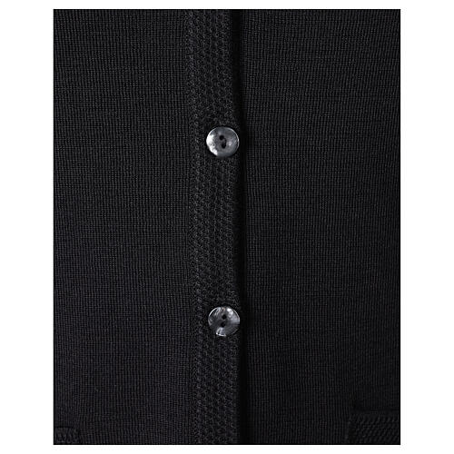 Gilet noir pour soeur avec poches col en V 50% acrylique 50% laine mérinos In Primis 4