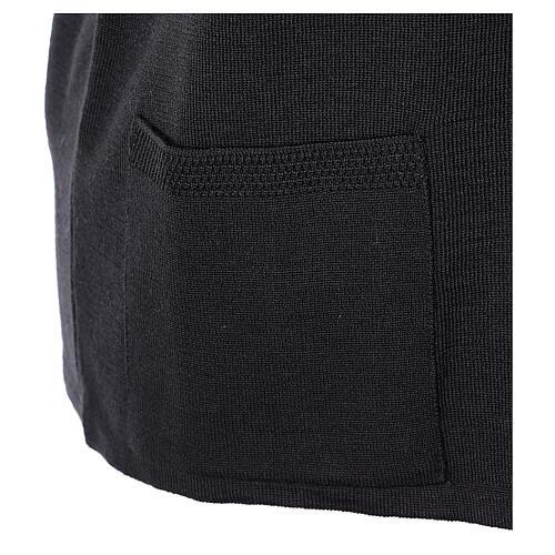 Gilet noir pour soeur avec poches col en V 50% acrylique 50% laine mérinos In Primis 5