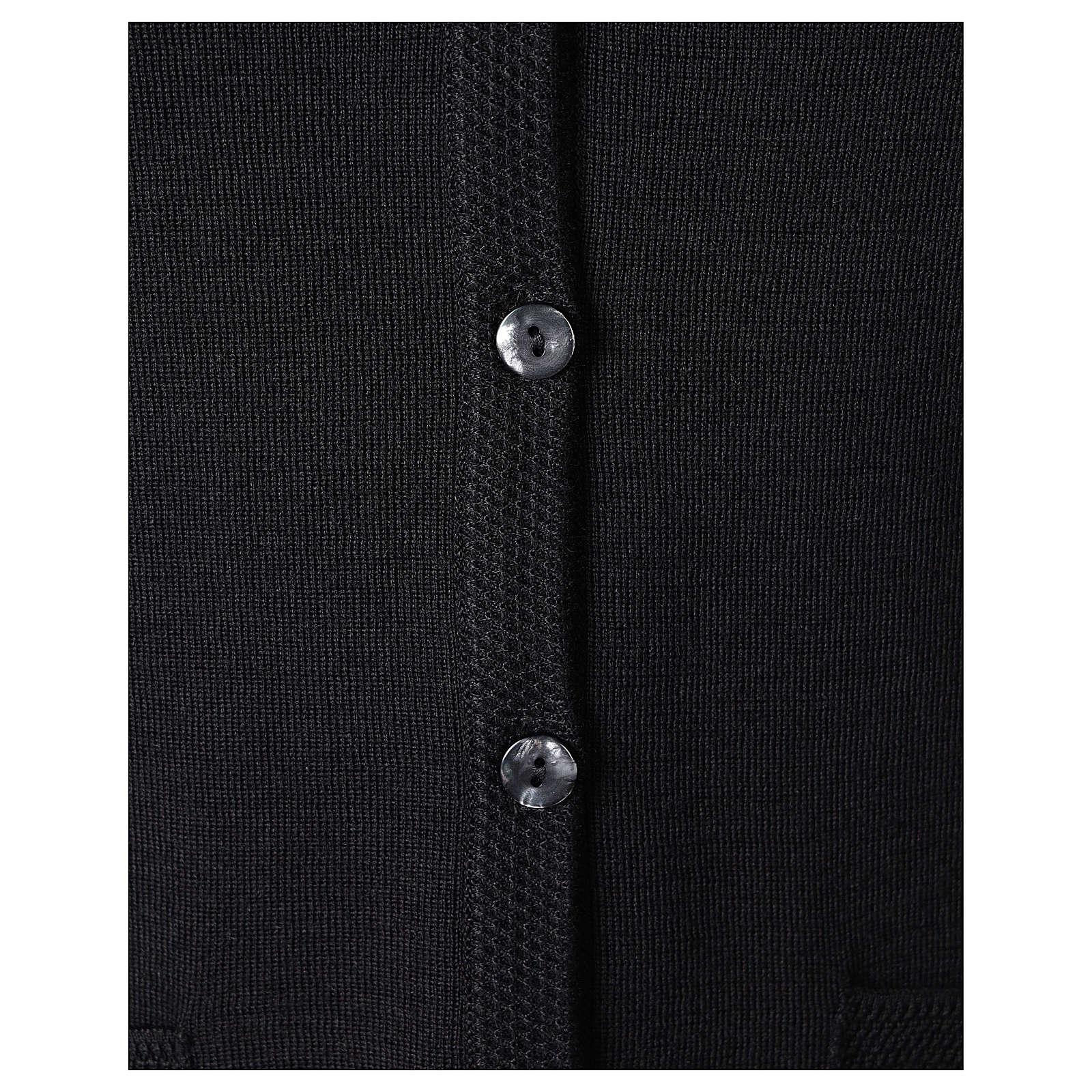 Gilet nero suora con tasche collo a V 50% acrilico 50% lana merino In Primis 4