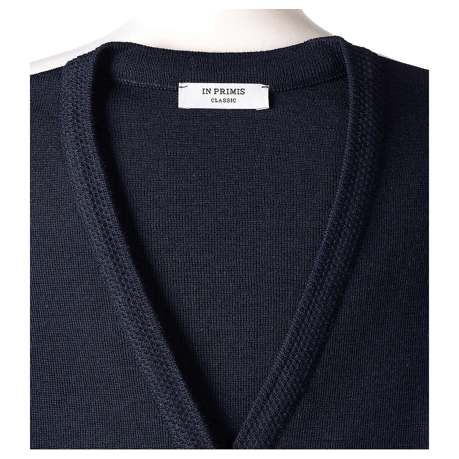 Gilet blu suora con tasche collo a V 50% acrilico 50% lana merino In Primis 4