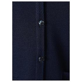 Gilet blu suora con tasche collo a V 50% acrilico 50% lana merino In Primis s4