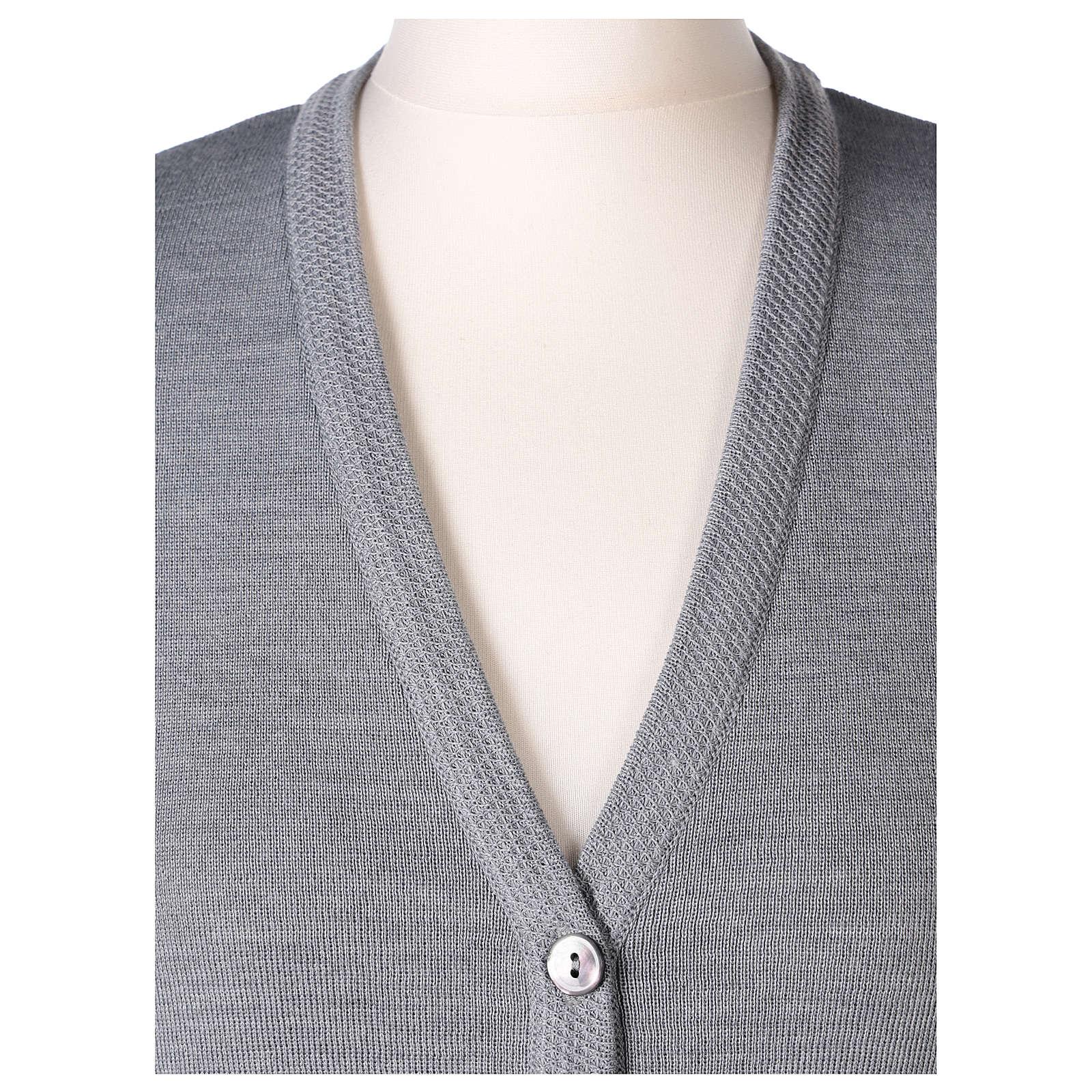 Gilet grigio perla suora con tasche collo a V 50% acrilico 50% lana merino In Primis 4