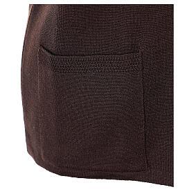 Gilet marron pour soeur avec poches col en V 50% acrylique 50% laine mérinos In Primis s5