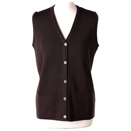 Gilet marron pour soeur avec poches col en V 50% acrylique 50% laine mérinos In Primis 1