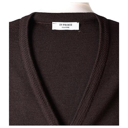 Gilet suora marrone con tasche collo a V 50% acrilico 50% lana merino In Primis 7