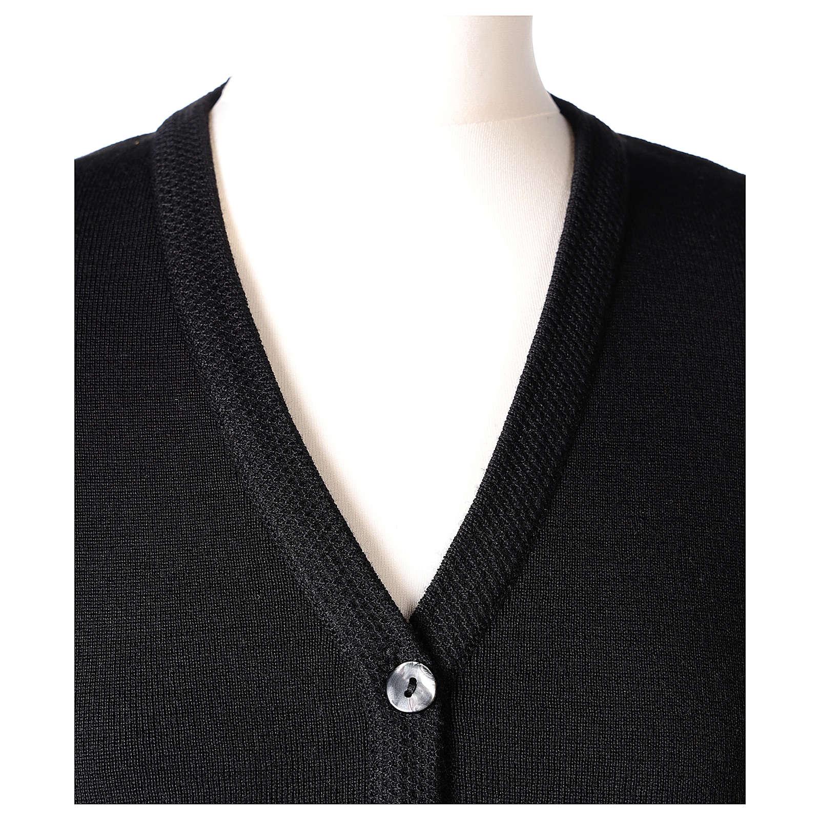 Cardigan suora nero collo V tasche maglia unita 50% acrilico 50% lana merino In Primis 4