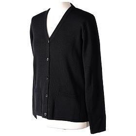 Cardigan suora nero collo V tasche maglia unita 50% acrilico 50% lana merino In Primis s3