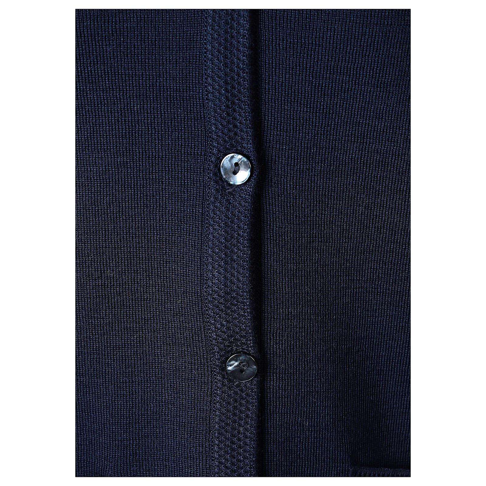 Rebeca azul monja cuello V bolsillos punto unido 50% acrílico 50% lana merina In Primis 4