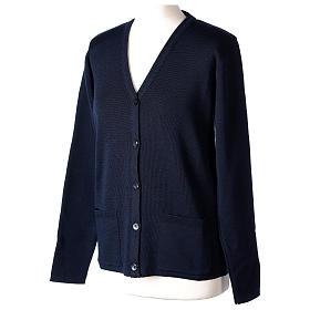 Cardigan blu suora collo V tasche maglia unita 50% acrilico 50% lana merino In Primis s3