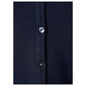 Cardigan blu suora collo V tasche maglia unita 50% acrilico 50% lana merino In Primis s4