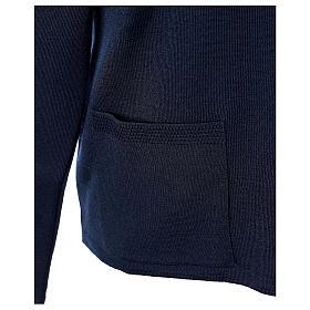 Cardigan blu suora collo V tasche maglia unita 50% acrilico 50% lana merino In Primis s5