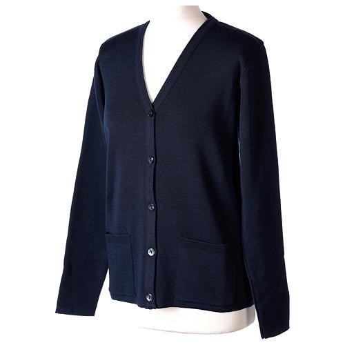 Cardigan blu suora collo V tasche maglia unita 50% acrilico 50% lana merino In Primis 3