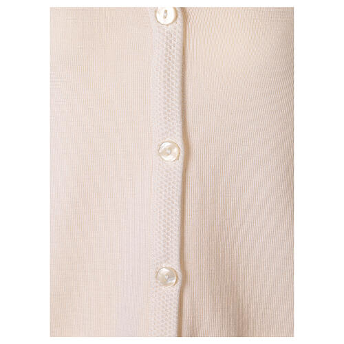 Rebeca monja blanco cuello V bolsillos punto unido 50% acrílico 50% lana merina In Primis 10