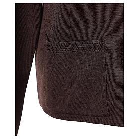 Brown V-neck nun cardigan with pockets 50% acrylic 50% merino wool In Primis s5