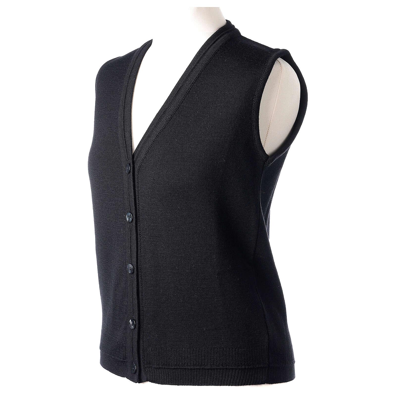 Gilet nero corto collo a V 50% acrilico 50% lana merino suora In Primis 4