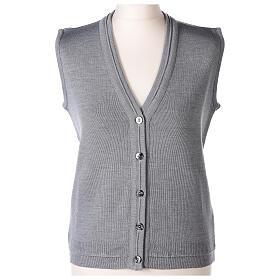 Gilet gris perle court col en V 50% acrylique 50% laine mérinos pour soeur In Primis s1