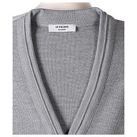Gilet gris perle court col en V 50% acrylique 50% laine mérinos pour soeur In Primis s6