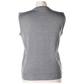 Gilet suora grigio perla corto collo a V 50% acrilico 50% lana merino In Primis s5