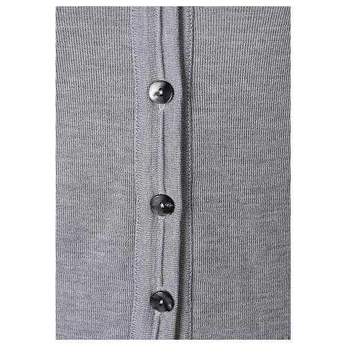 Gilet suora grigio perla corto collo a V 50% acrilico 50% lana merino In Primis 3
