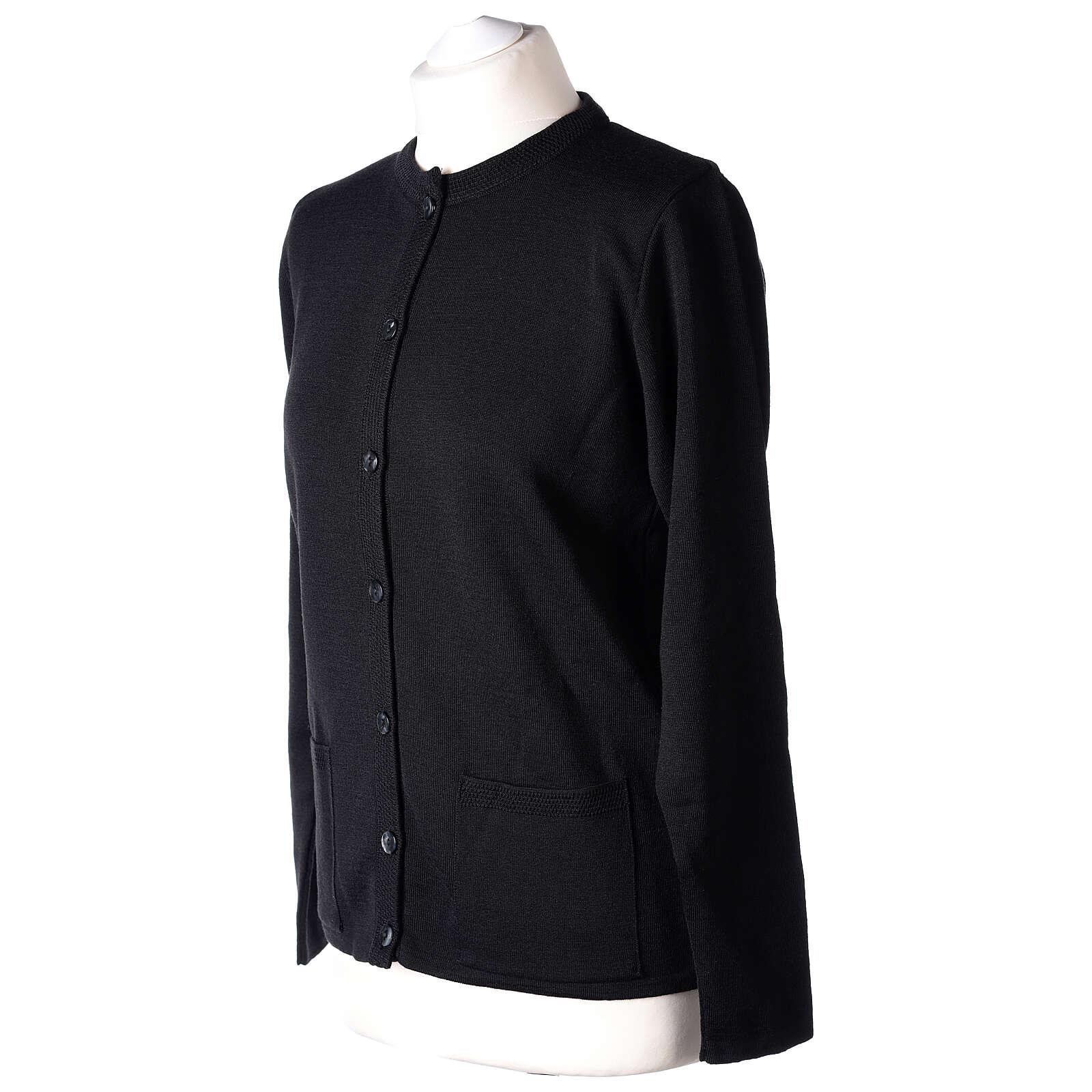 Damen-Cardigan, schwarz, mit Taschen und Rundhalsausschnitt, 50% Acryl - 50% Merinowolle, In Primis 4