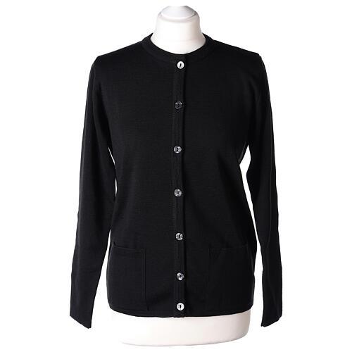 Damen-Cardigan, schwarz, mit Taschen und Rundhalsausschnitt, 50% Acryl - 50% Merinowolle, In Primis 1