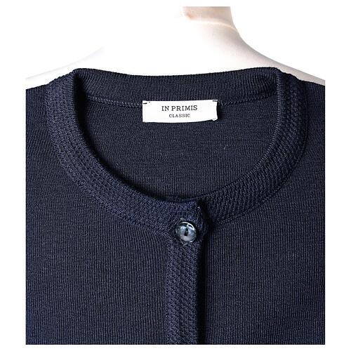Cardigan soeur bleu ras du cou poches jersey 50% acrylique 50% laine mérinos In Primis 7
