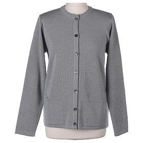 Cardigan soeur gris perle ras du cou poches jersey 50% acrylique 50% laine mérinos In Primis s9