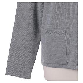 Cardigan soeur gris perle ras du cou poches jersey 50% acrylique 50% laine mérinos In Primis s12