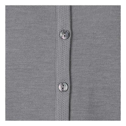 Cardigan soeur gris perle ras du cou poches jersey 50% acrylique 50% laine mérinos In Primis 11