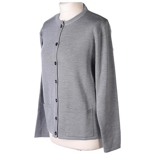 Kardigan siostra zakonna sweter perłowoszary kołnierzyk koreański kieszonki dzianina gładka 50% akryl 50% wełna merynos In Primis 3