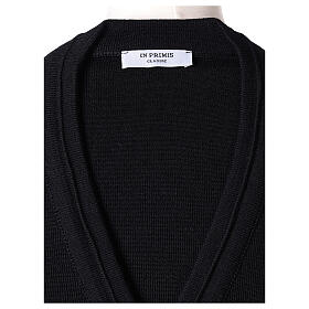 Cardigan court noir 50% laine mérinos 50% acrylique soeur In Primis s6