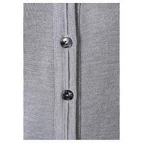 Cardigan court gris perle 50% laine mérinos 50% acrylique soeur In Primis s4