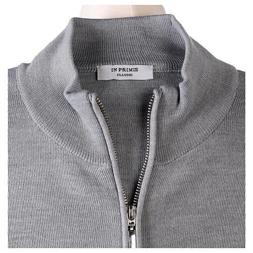 Cardigan col montant avec fermeture éclair 50% acrylique 50% laine mérinos gris perle soeur In Primis 6