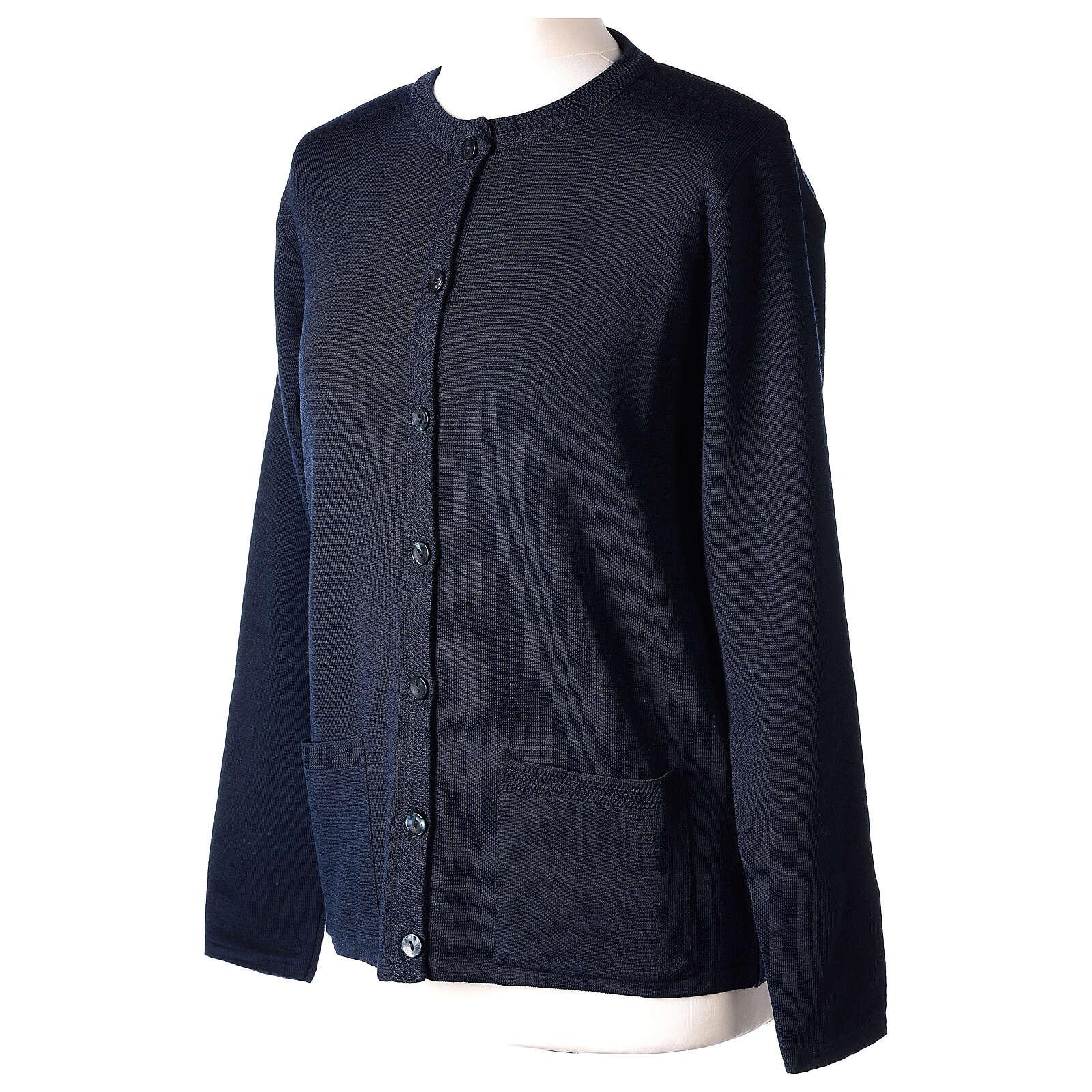 Cardigan bleu pour soeur col rond poches GRANDE TAILLE 50% acrylique 50% mérinos In Primis 4