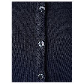 Cardigan bleu pour soeur col rond poches GRANDE TAILLE 50% acrylique 50% mérinos In Primis s4