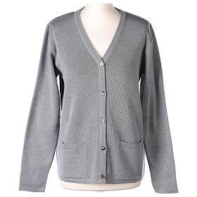 Cardigan suora grigio perla collo V tasche TAGLIE CONF. 50% acr. 50% merino In Primis s1