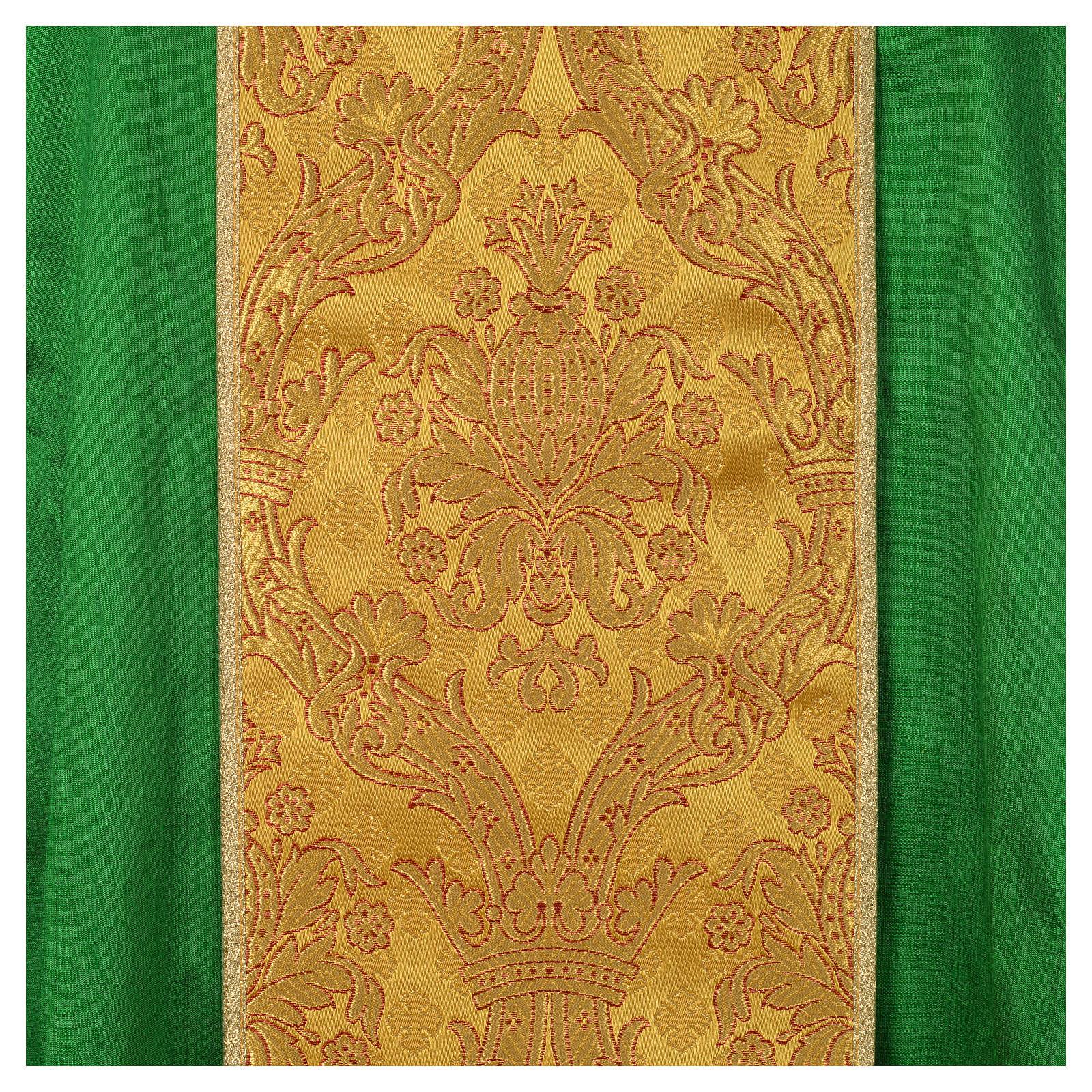 Liturgische Kasel aus Seide mit goldener Stickerei 4