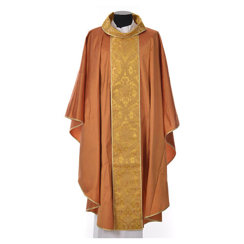 Chasuble 100% silk decorated in gold 3
