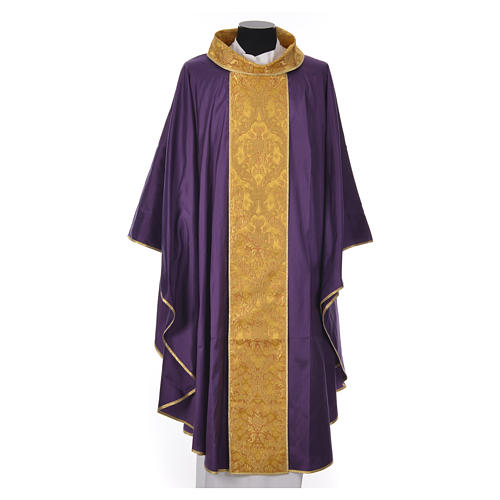 Chasuble 100% silk decorated in gold 5